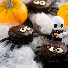 Arañas de galletas de Oreo para Halloween