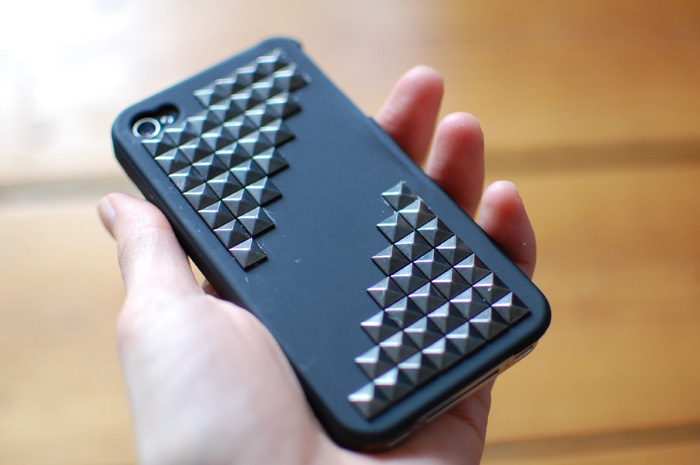 DIY STUDDED PHONE CASE