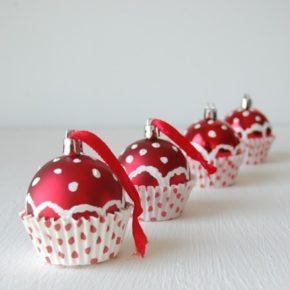 Adorno esferas de cupcakes para el árbol de navidad