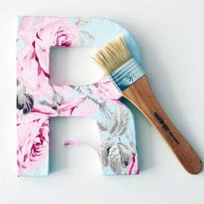 C mo forrar una letra de cart n en relieve trucos dulces - Como forrar muebles con tela ...