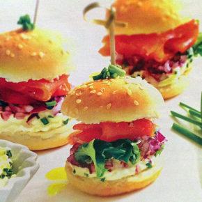 Mini hamburguesas de salmón