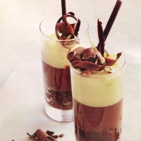 Receta de Espuma de tres chocolates