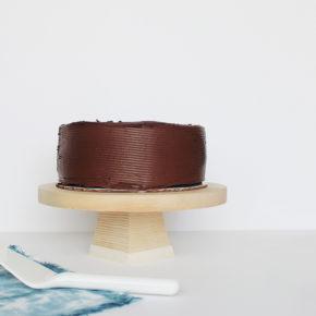 Cómo hacer un stand porta tartas de madera para tartas