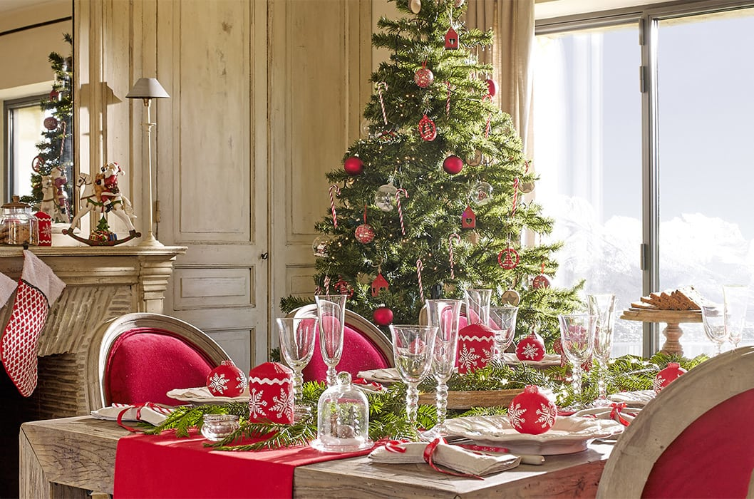Consejos de c mo decorar la mesa en navidad trucos dulces - Decorar la mesa de navidad ...