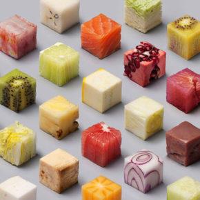 Alimentos cortados en 98 cubos perfectos