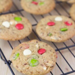 Receta de cookies caseras de canela con lacasitos